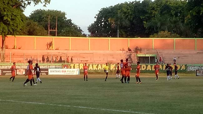 Makin Matang, Persekabpas Gelontor Persida 3 Gol